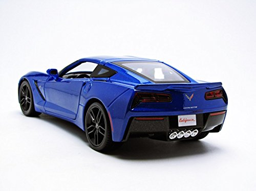 2014-Chevrolet-Corvette-Stingray-Z51-Blue-118-by-Maisto-31677-0-1
