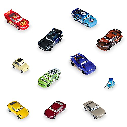 Disney-Cars-3-Deluxe-Figure-Play-Set-0
