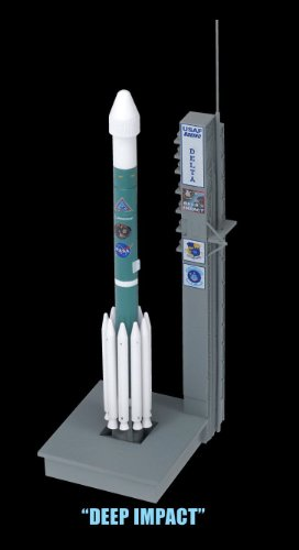 Dragon-Models-Delta-II-Rockets-with-Launch-Pads-Space-Rockets-Set-of-3-1400-Scale-0-0