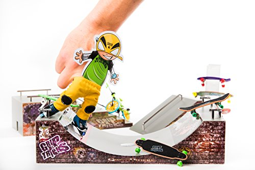 GripTricks-XTREM-SHOP-BIG-GIFT-SET-OF-with-FINGER-SCOOTER-STUNT-FINGER-SKATES-ROLLER-BMX-SCOOTER-RAMPS-0-1