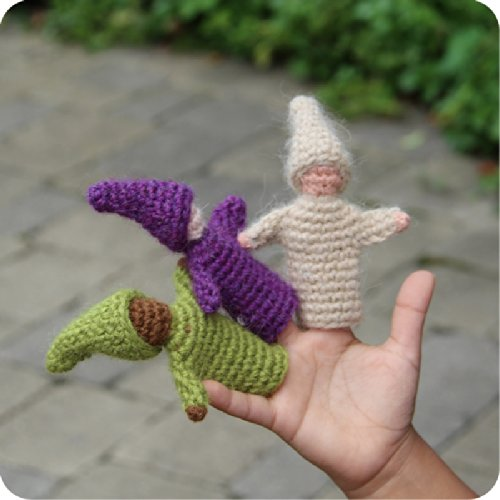 Camden-Rose-Knitted-Wool-Gnome-Finger-Puppets-6-with-Stand-0-2