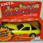 ERTL-Shakers-Yellow-Corvette-It-Shakes-Rattles-Rolls-3352-0