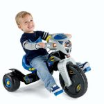 Fisher-Price-DC-Super-Friends-Batman-Lights-Sounds-Trike-0
